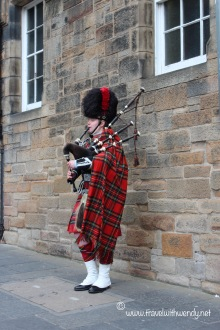 TWW - Edinburgh bagpipes