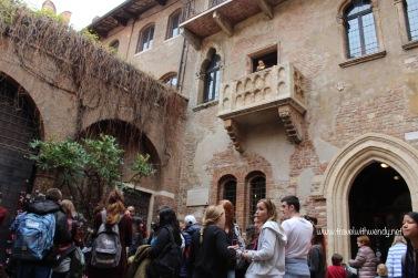 TWW - Verona (Guillette's balcony)