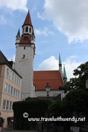 TWW - town hall in marienplatz
