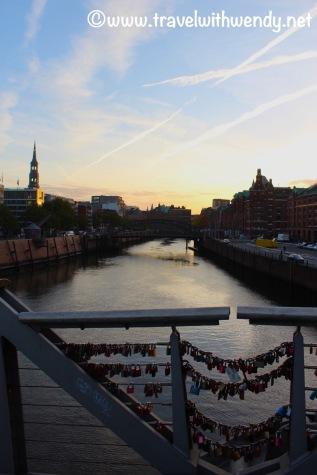 Lovelock bridge - Visit Hamburg.jpg