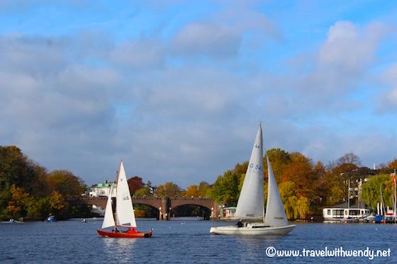 sailboats-in-the-harbor-visit-hamburg