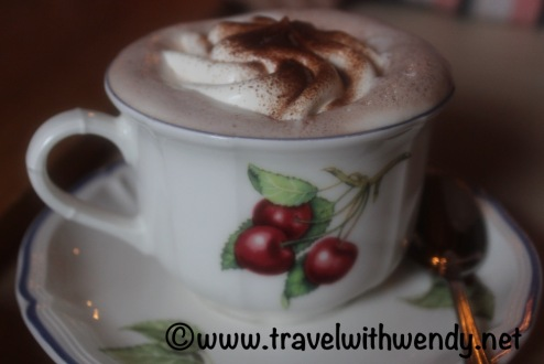 hot-chocolate-wintery-yum