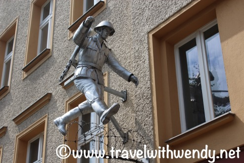 tww-why-i-love-berlin-checkpoint-charlie