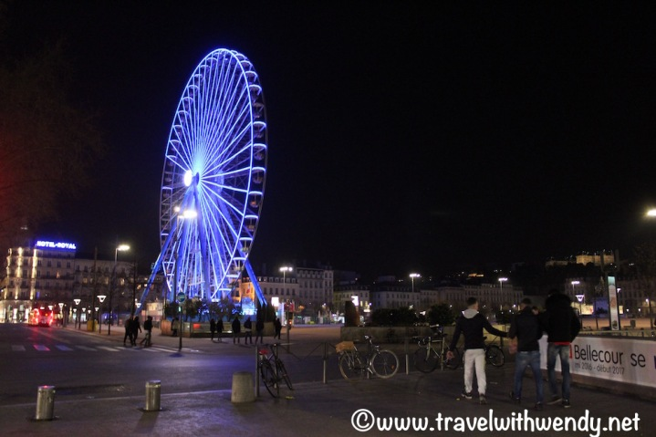 Place Bellecour at night
