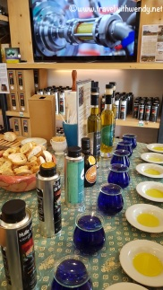 Lourmarin - Olive oil tasting