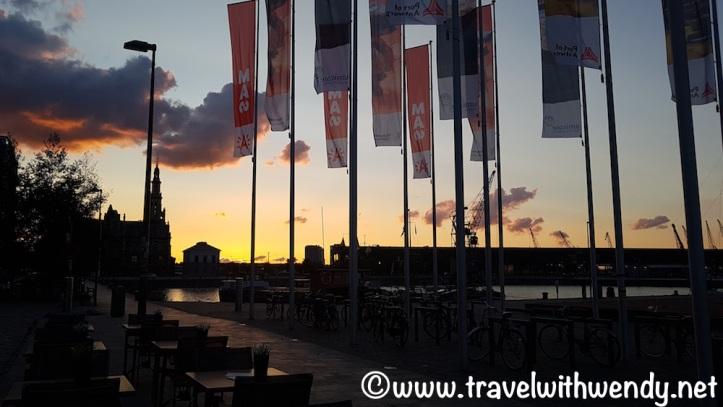 Beautiful skies at night - Antwerp